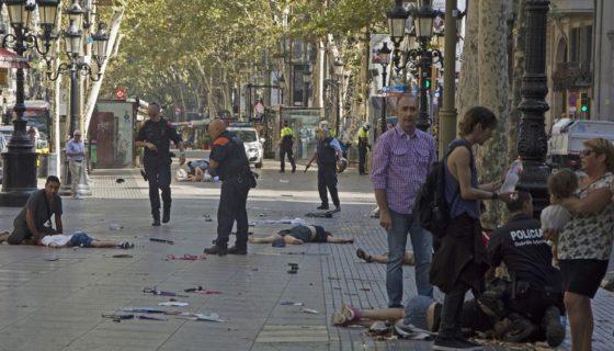 Barcelona, ESPAÑA, atropello masivo, La Rambla