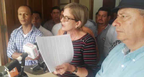 Presidenta de Ciudadanos por la Libertad (CxL), Kitty Monterrey critica el padrón electoral.