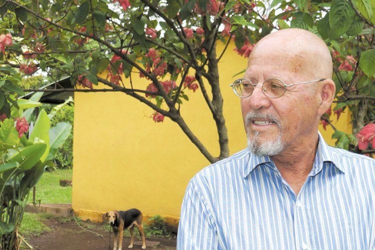 Escritor y pintor Álvaro Gutiérrez. LAPRENSA/Arnulfo Agüero