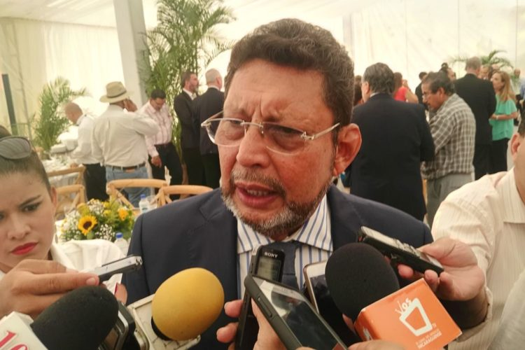 Bayardo Arce